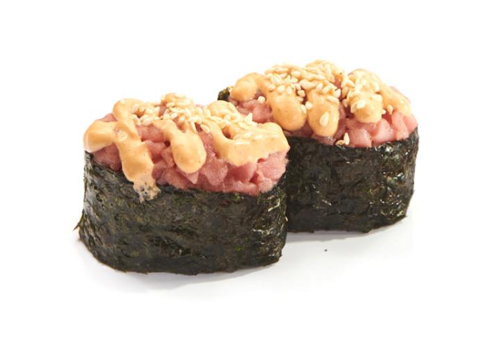 Тунец спайс суши 2шт