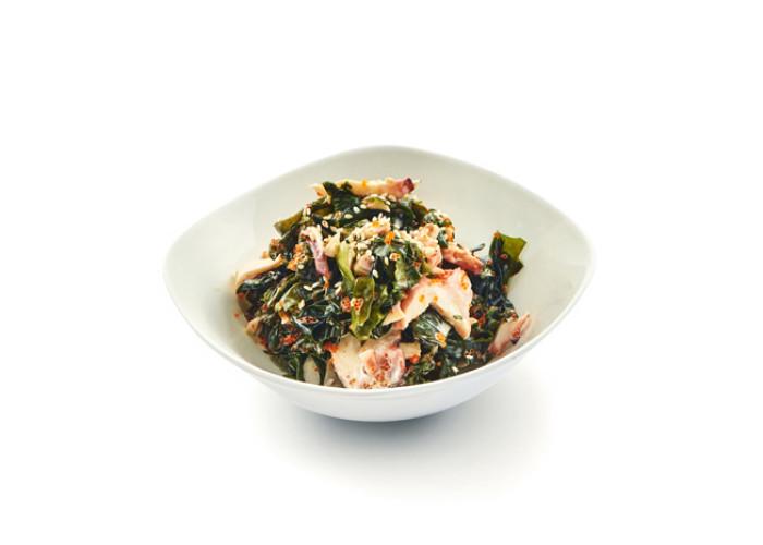 Ваккаме с осьминогом салат